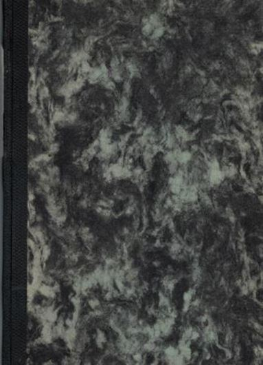 Die Lebermoose Bayerns. Eine Zusammenstellung der bisher bekannt gewordenen Standortsangaben. 1917. (Denkschr. der Kgl. Bayerischen Botanischen Gesellschaft in Regensburg, Band XIII, NF VII). 150 S. Hardcover.